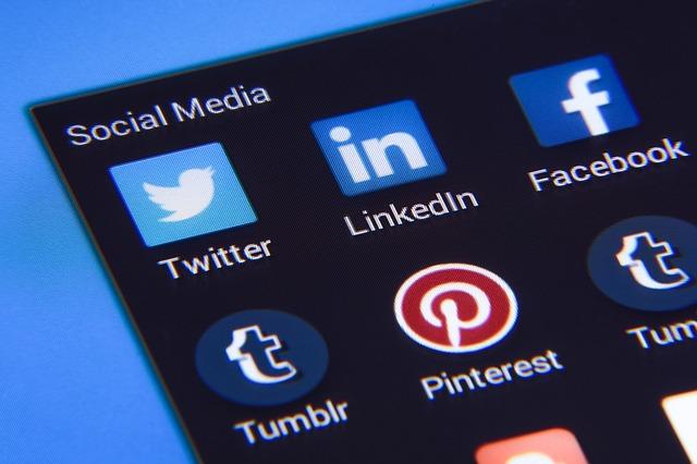 Uma grande vantagem do marketing digital é o fortalecimento do relacionamento da sua marca com os clientes